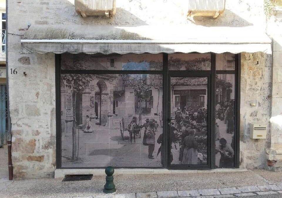 Habillage de vitrine à Souillac